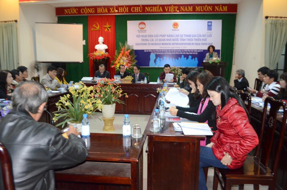 Bàn giải pháp nâng cao sự tham gia của nữ giới trong cơ quan nhà nước ở Thừa Thiên Huế
